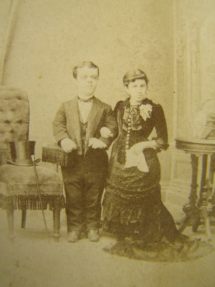 Possible tell, Circus midgets 1800 s