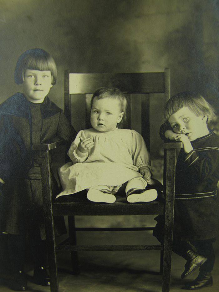 Antique Cabinet Card Photograph Two Prince Valiant Brothers Pose with  Infant ME